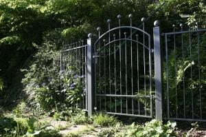 garden-gate-116918_640