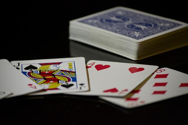 cards-619016_640