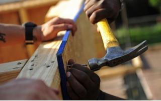 hammer a nail2