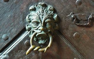 door-handle-643508_640